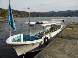 加賀潜戸 観光遊覧船