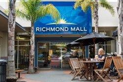 Richmond Mall