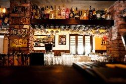 Moondog's Bar & Grill