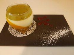 Dessert du jour (Panna cotta passion, mangue)