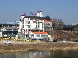 Gangbyeon Motel