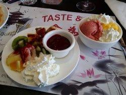 Taste & Wok