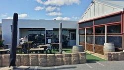 Breeze Cafe & Bar