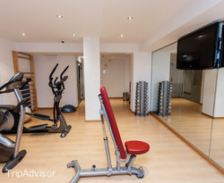 Fitness Center at the Sercotel Blue Coruna