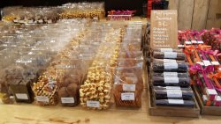 Brown Sugar, Marzipangeschäft