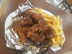 Tucker's Grill & Taqueria
