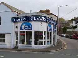 ‪Lewis Fish and Chips‬
