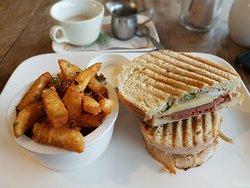 Humbug Cafe