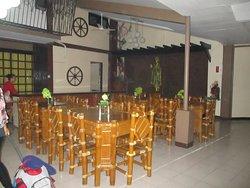 Vencio's Garden Hotel and Restaurant