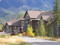 Snow Creek Lodge