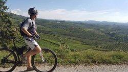 Rent Your Bike - Noleggio Bici nella Langa del Barolo