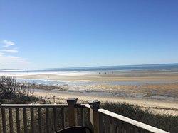 Beautiful Beachfront Serenity