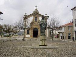 ESTATUA DE Sao Teotonio
