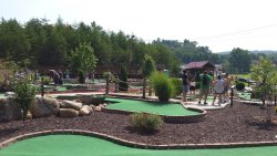 Cohutta Cove Mini Golf & Gem Mining