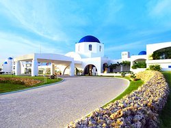 Thunderbird Resorts Poro Point