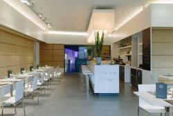 M1 Restaurant & Cafe