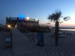 Beach Club Perry's