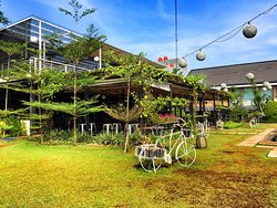Tsamara Resto & Function Hall