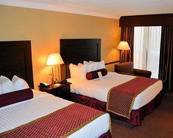 Best Western PLUS Genetti Hotel & Conference Center