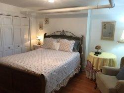 Alexander Mansion Bed & Breakfast