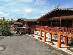 Pueng Luang Hotel
