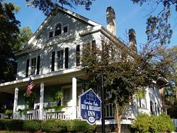Carolina Oaks Bed & Breakfast