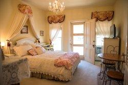 Secret Garden Bed and Breakfast & Wellness Spa
