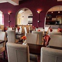 Brasserie 16 at Devoncourt Resort