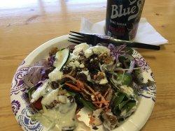 Love the buffet and salad bar