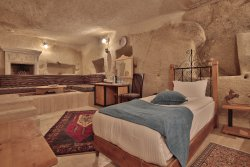 Fosil Cave Hotel