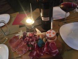 Madall Wine & Food