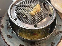 Pasta e patate con calamari