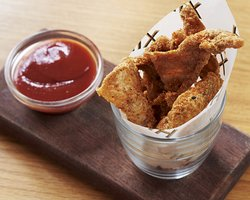 Chicken scratchings with kimchi ketchup