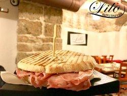 i panini di semo9la sono fatti da noi ed hanno una lievitazione di min. 24 ore con lievito madre