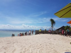 d'Nusa Beach Club and Resort