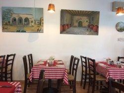 Meze Taverna Restaurant