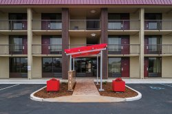 Red Roof Inn Madison, AL