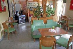Hälla 50 Tals Café