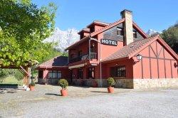 Hotel Restaurante El Jisu