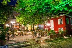 Oasis Traditional Restauran