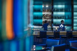 Blue Bar at Four Seasons