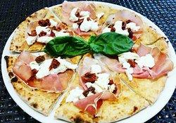 Gourmet Pizza E Cucina