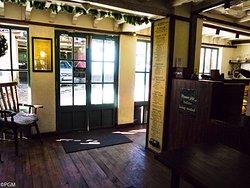 Inside the bakehoue