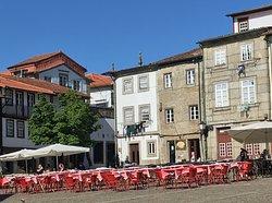 Main Square Dining - Largo de Olivera