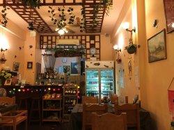 リラワディー レストラン