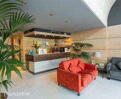 Lobby at the Sunotel Junior