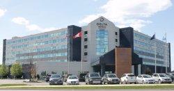 라마다 플라자 스위트 앤드 컨퍼런스센터 호텔