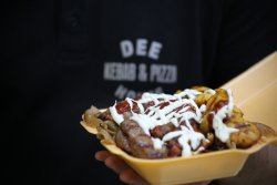 DEE Pizza & Kebab House