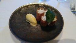 remarkable dessert (apple, cinnamon and surprise...)