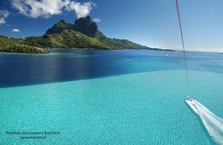 Bora Bora Lagoon Parasail